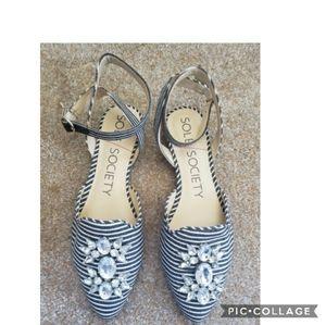 Sole society pearla striped jewel sandals 6.5